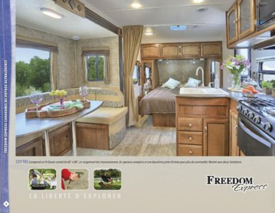 2016 Coachmen Freedom Express French Brochure page 8