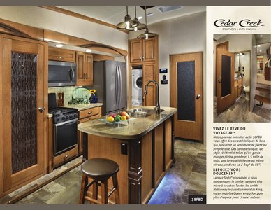2018 Forest River Cedar Creek Hathaway Edition French Brochure page 6