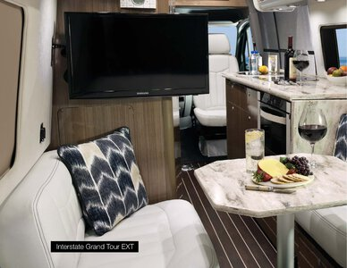 2019 Airstream Interstate Grand Tour Ext Touring Coach Brochure page 10