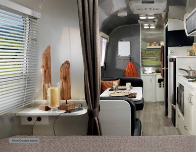 2019 Airstream Sport Travel Trailer Brochure page 6