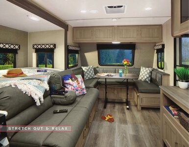 2020 Coachmen Freedom Express Brochure page 2